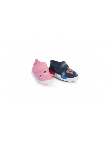 Latex toy with wadding and squeaker - Pink + blue shoes