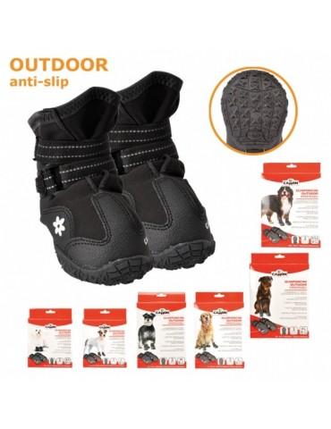 Outdoor waterproof boots
