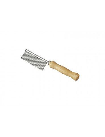 Comb with wooden handle and 32 teeth